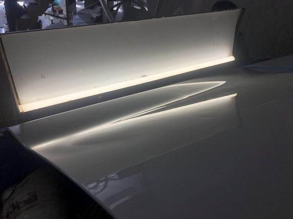宝马新5系前车门凹坑无痕修复